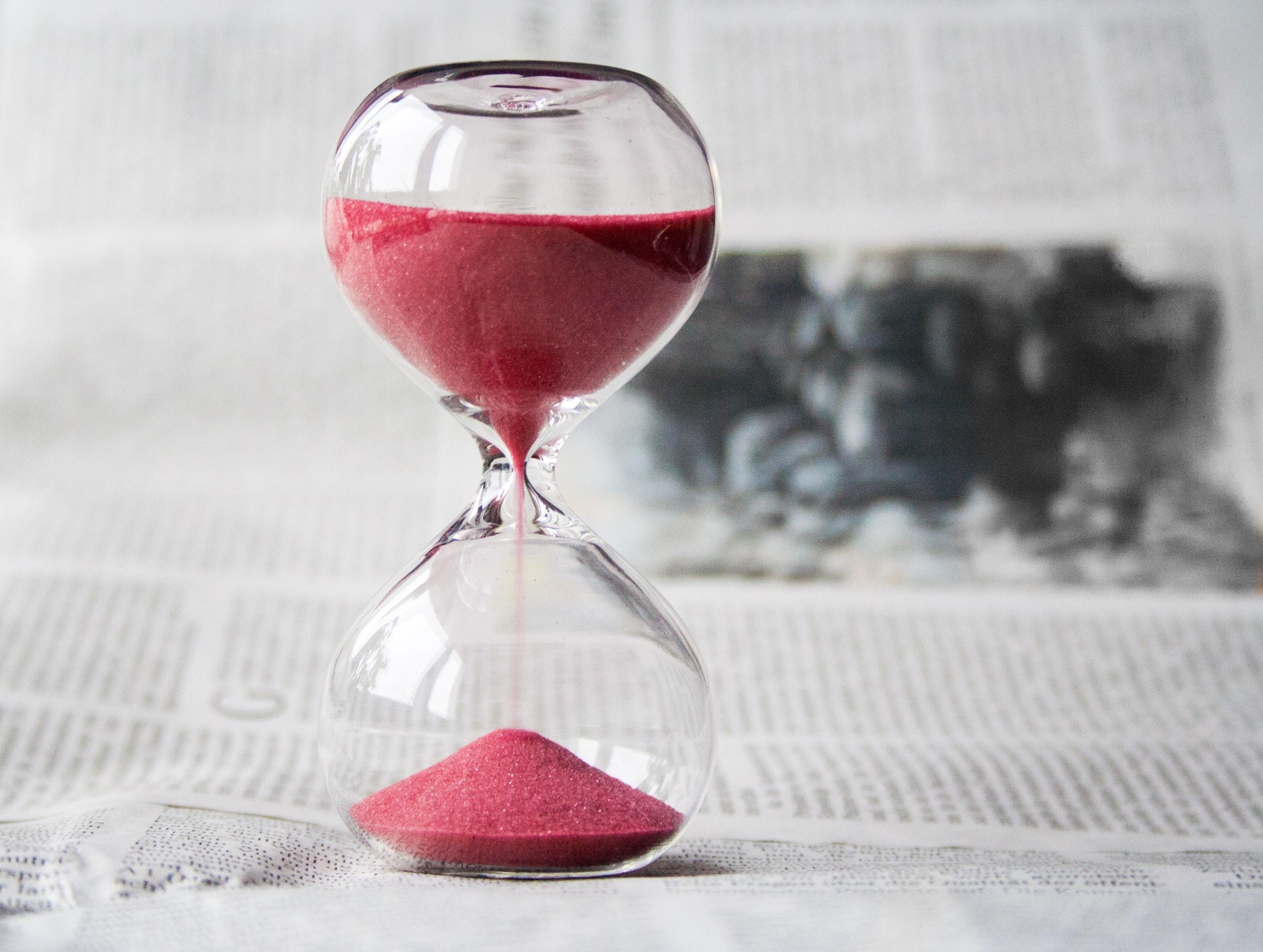 Urgent Hourglass